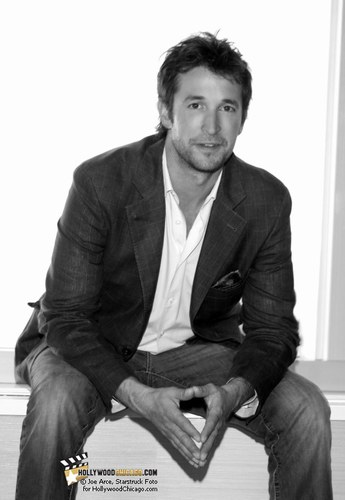 Noah Wyle - Photo posted by myaa86