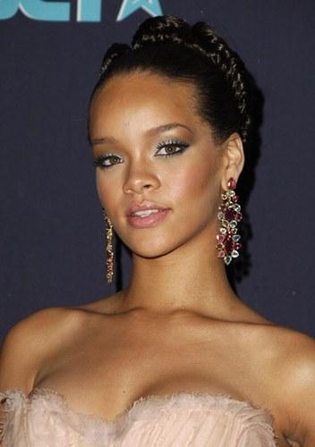 Rihanna - photo postée par auaudu07