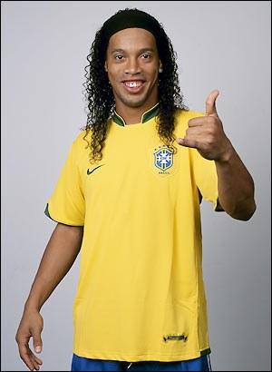 Ronaldinho - Photo posted by kalaye10