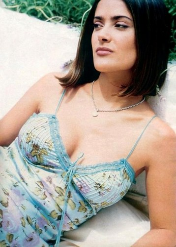 Salma Hayek - Photo posted by salamanca12