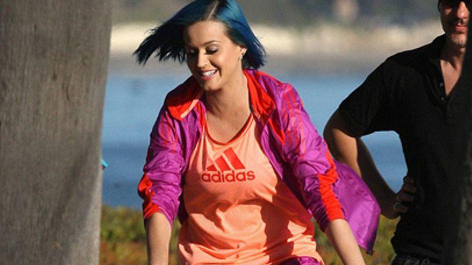 Katy Perry : Les cheveux bleus pour une pub Adidas