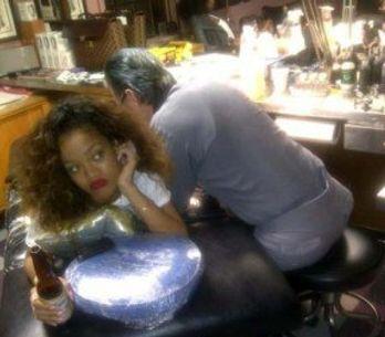 Rihanna : Découvrez son nouveau tatouage Tupac !