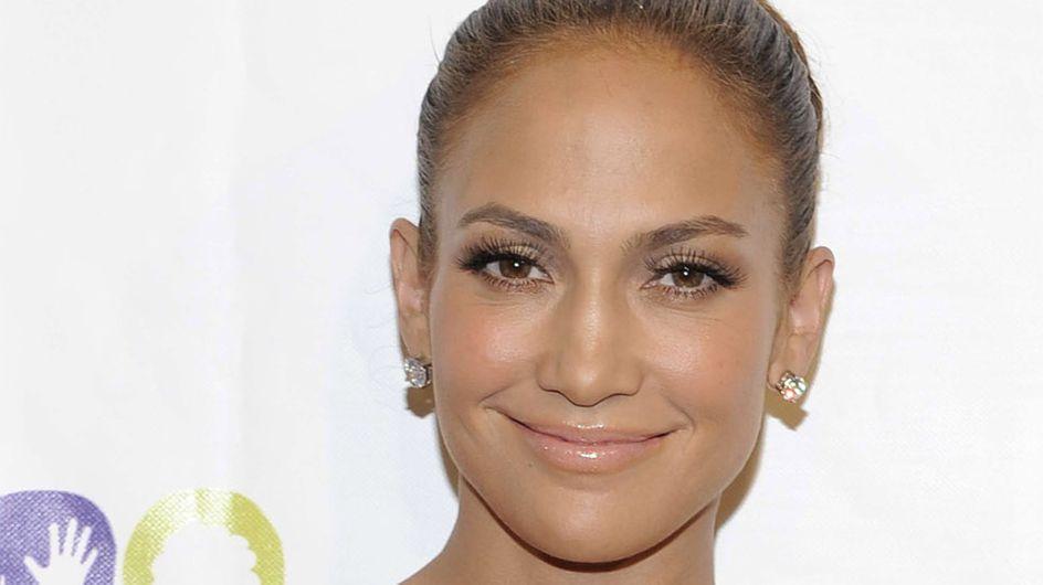 Jennifer Lopez : Nue pour sa nouvelle fragrance (Photos)
