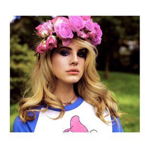 look Lana Del Rey
