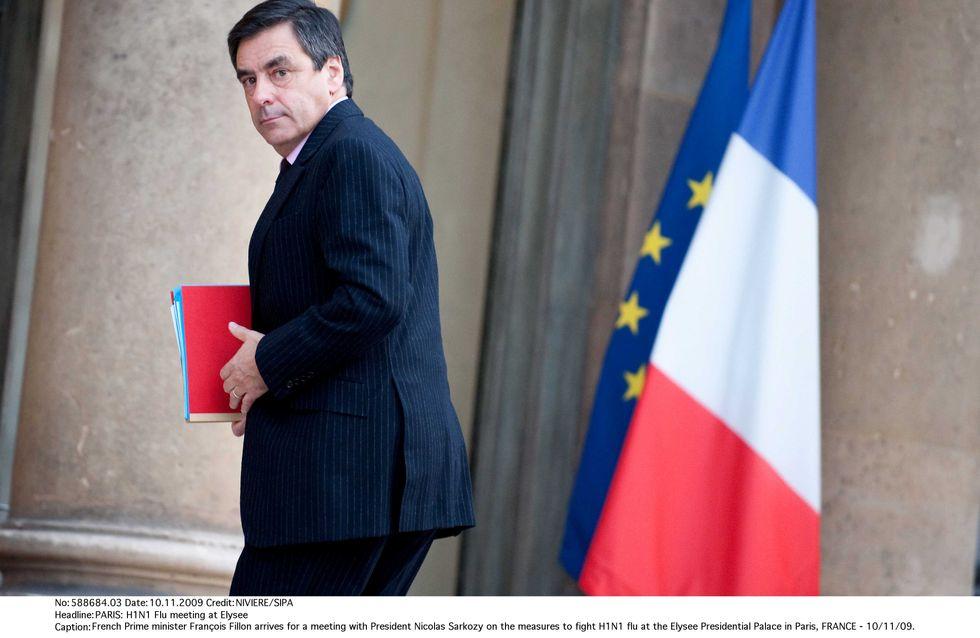 Chômage : François Fillon défend le référendum de Sarkozy