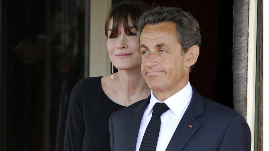 Nicolas Sarkozy : Son baiser volé avec Carla (Vidéo)