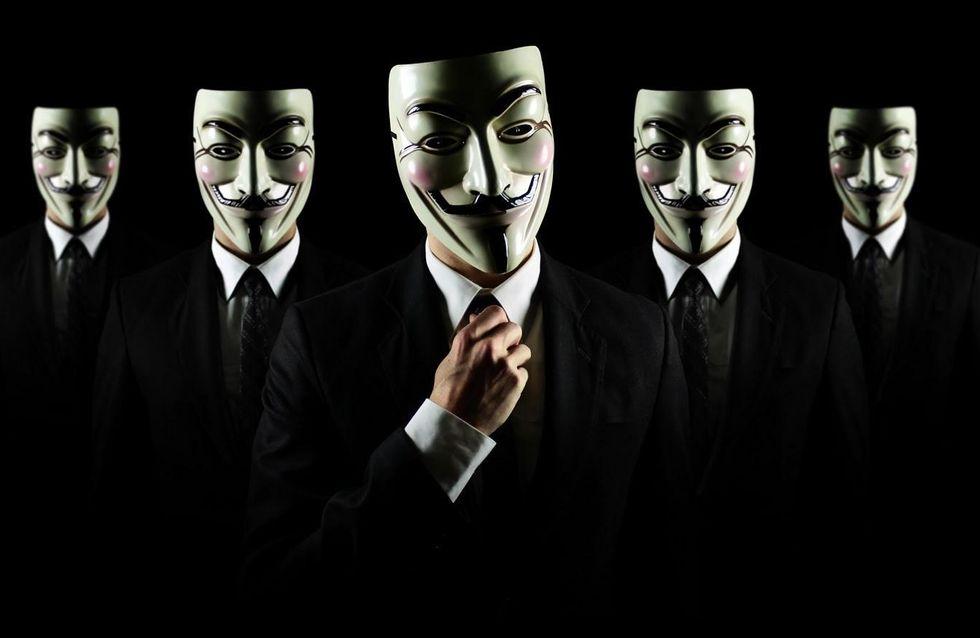 Anonymous : Les sites de Lagardère piratés par le vengeur masqué ?