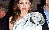 Angelina Jolie : A quoi ressemblait-elle à 15 ans ?