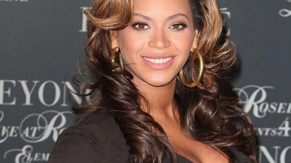 Beyoncé : Elle allaite Blue Ivy en public