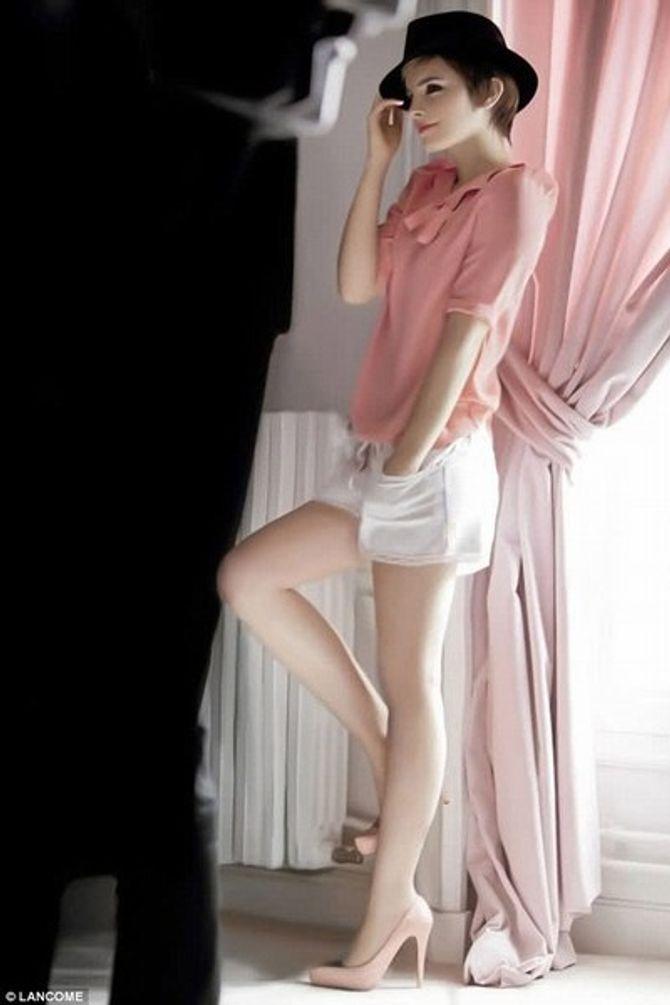 emma watson rouge in love lancôme