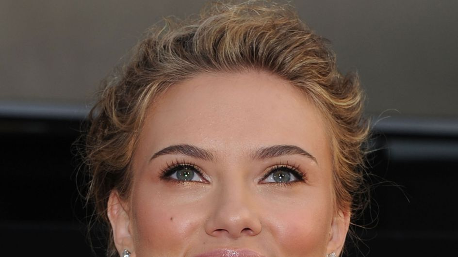 Scarlett Johansson : Elle nous refait le coup de la douche !