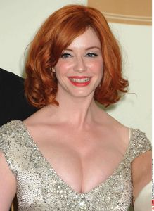 Christina  Hendricks, toples, topless, internet