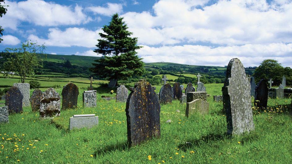 Il décède en voulant battre le record du monde de l'homme enterré vivant