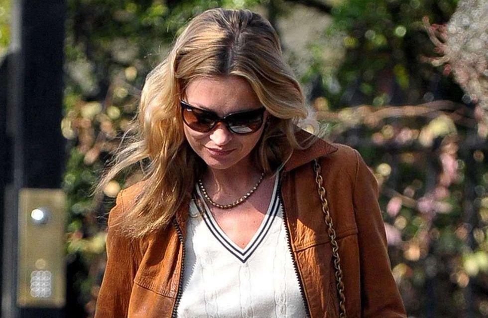 Kate Moss : Elle se balade à moitié débraillée dans Londres (Photos)
