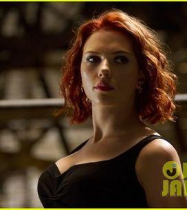 Scarlett Johansson : Elle a changé de couleur de cheveux ! (Photos)