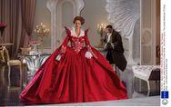 Blanche-Neige : Des costumes époustouflants ! (Photos)