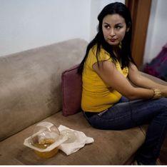 Prothèses PIP : « Mes implants ont tué mon bébé »
