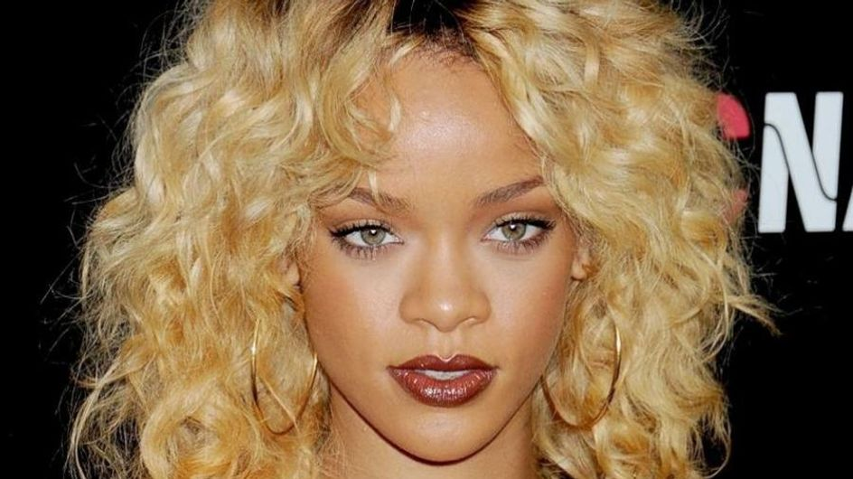 Rihanna : Elle se trouve grosse ! (Photos)