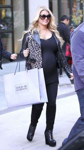 Jessica Simpson enceinte