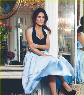 Salma Hayek : Jeune, j'étais grosse et boutonneuse