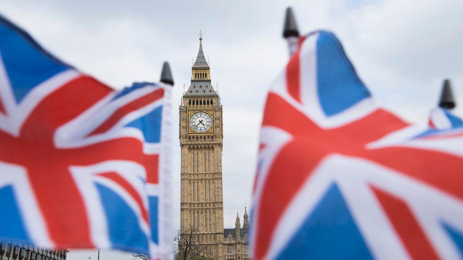 Un député britannique entonne des chants hitlériens