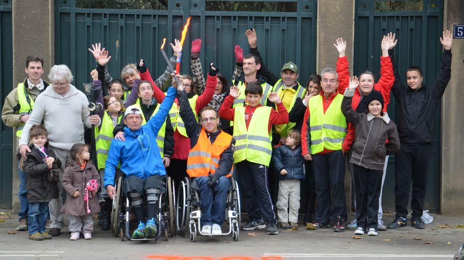 Un paraplégique parcourt 1000km à la seule force de ses bras