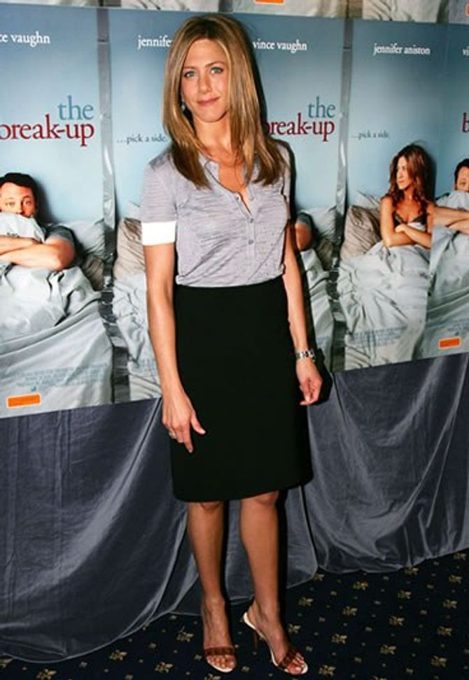 Jennifer  Aniston, looks