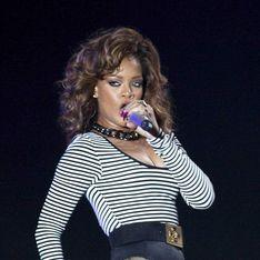 Rihanna : Elle a pris un bain au champagne