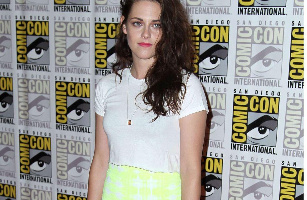 Kristen Stewart : Son look cool et sexy à la convention Comic-Con (Photos)
