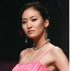 Glamour US : Un mannequin décédé en photo dans le magazine...