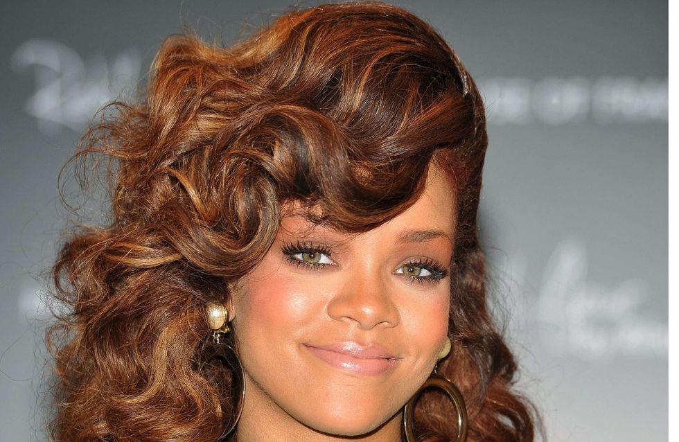 Rihanna : Elle envoie des photos sexy à Chris Brown