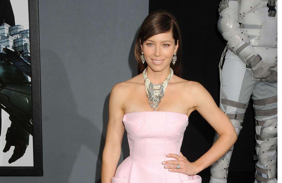 Jessica Biel : Resplendissante en Dior