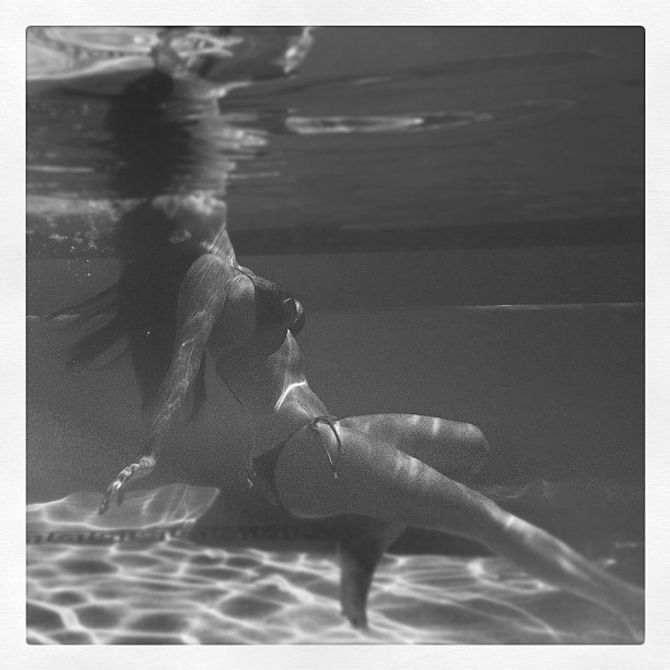 Kim Kardashai, Twitter, photo, bikini, photoshop