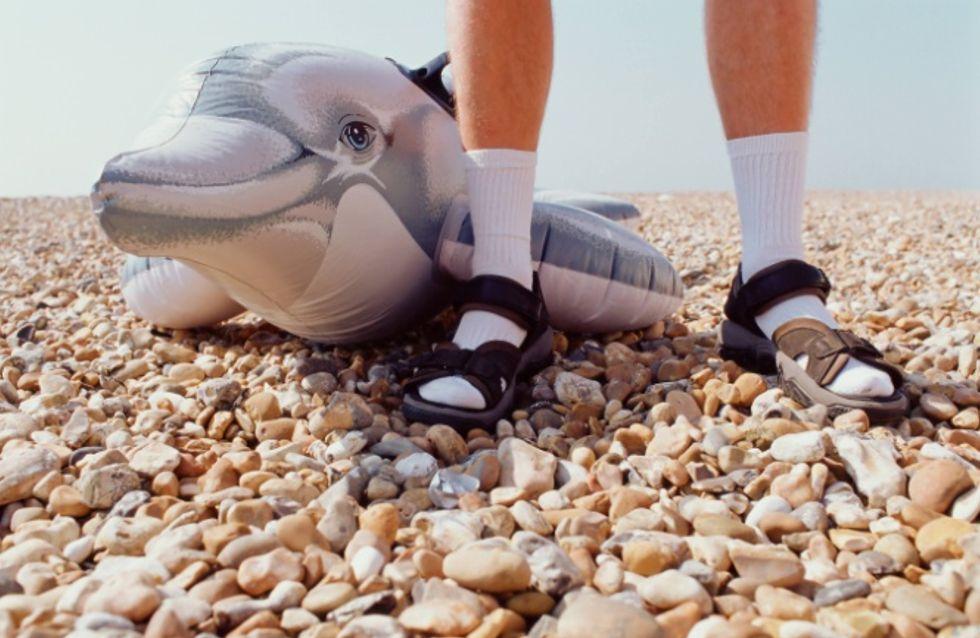 Mobilisons-nous contre les chaussettes blanches dans les sandales !