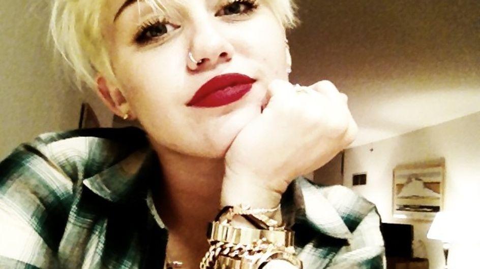 Miley Cyrus répond aux critiques sur sa coupe de cheveux