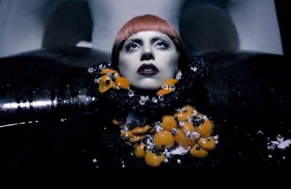 Lady Gaga : Sombre et dominatrice pour la pub de son parfum Fame (Vidéo)