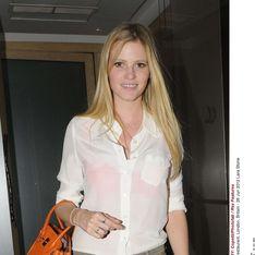 Calvin Klein : Lara Stone, une bombe pour la nouvelle campagne ! (Photos)