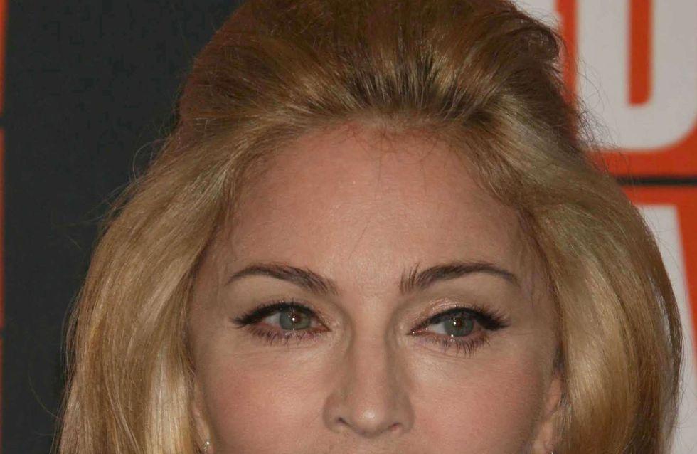 Madonna : À l'eau toute habillée !