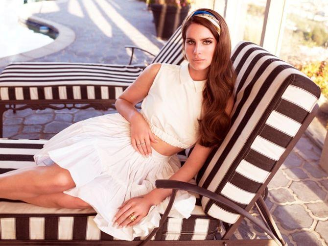 Lana Del Rey pour Jaguar