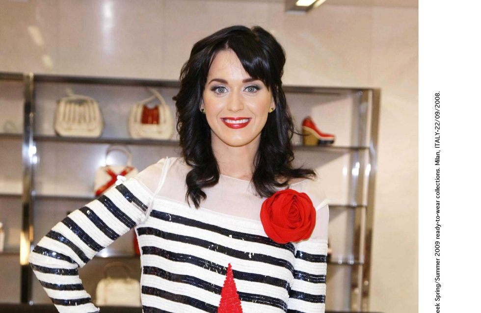 Katy Perry : Et maintenant elle passe au roux !