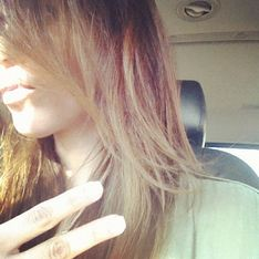 Kim Kardashian : Elle passe au tie and dye blond ! (Photos)