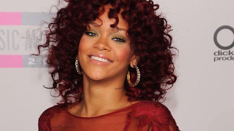 Rihanna : Le short le plus court du monde...