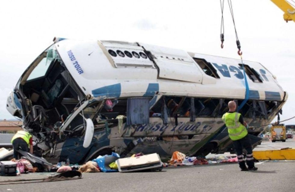 Une fillette de 18 mois décède dans un accident de bus de touristes