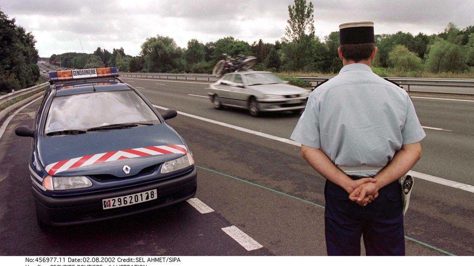 Faits divers : Une voiture de la gendarmerie fauche un bébé