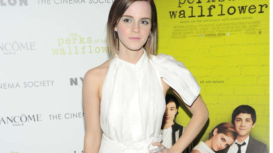 Emma Watson : Une tenue courte et chic au top ! (Photos)