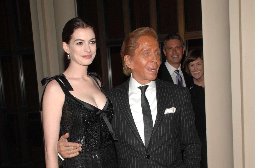 Anne Hathaway : Sa robe de mariée sera signée Valentino