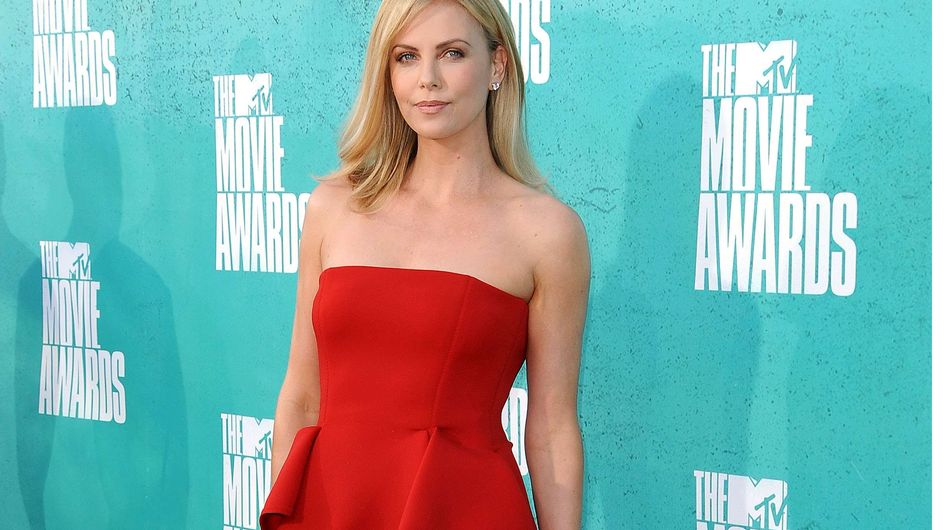 Charlize Theron : Enfin amoureuse ?