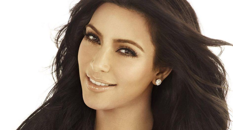 Kim Kardashian : Un maillot qui lui donne 5 kg en plus (Photos)