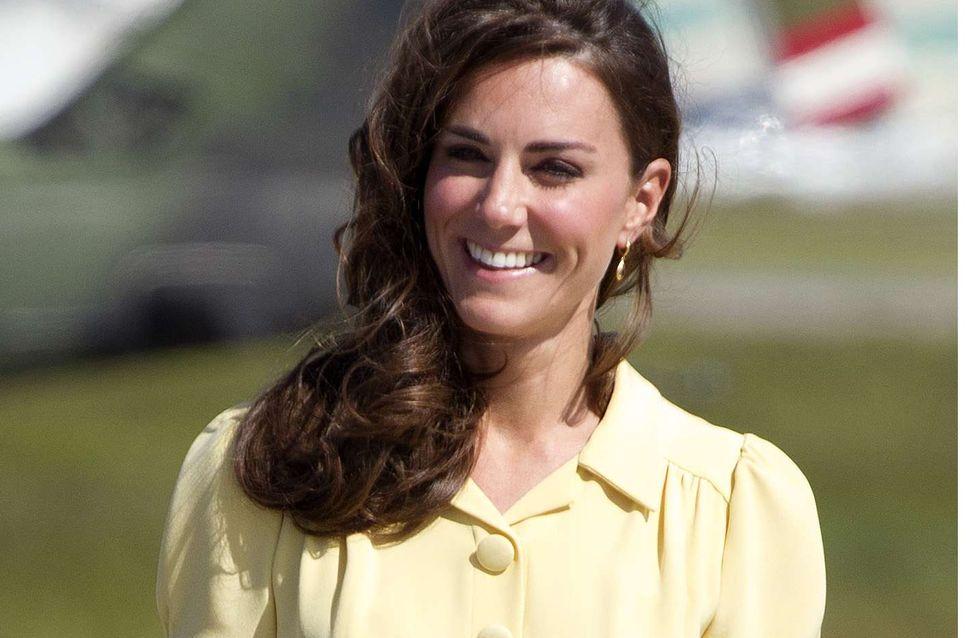 Kate Middleton : Elle dessine elle-même certaines de ses robes !