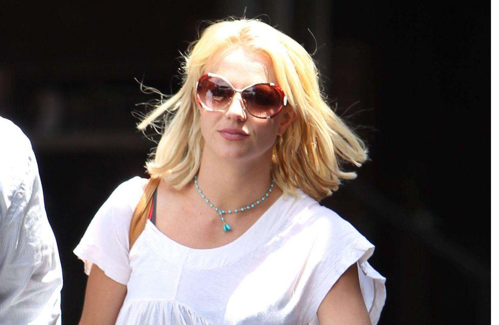 Britney Spears : Elle surfe sous étroite surveillance